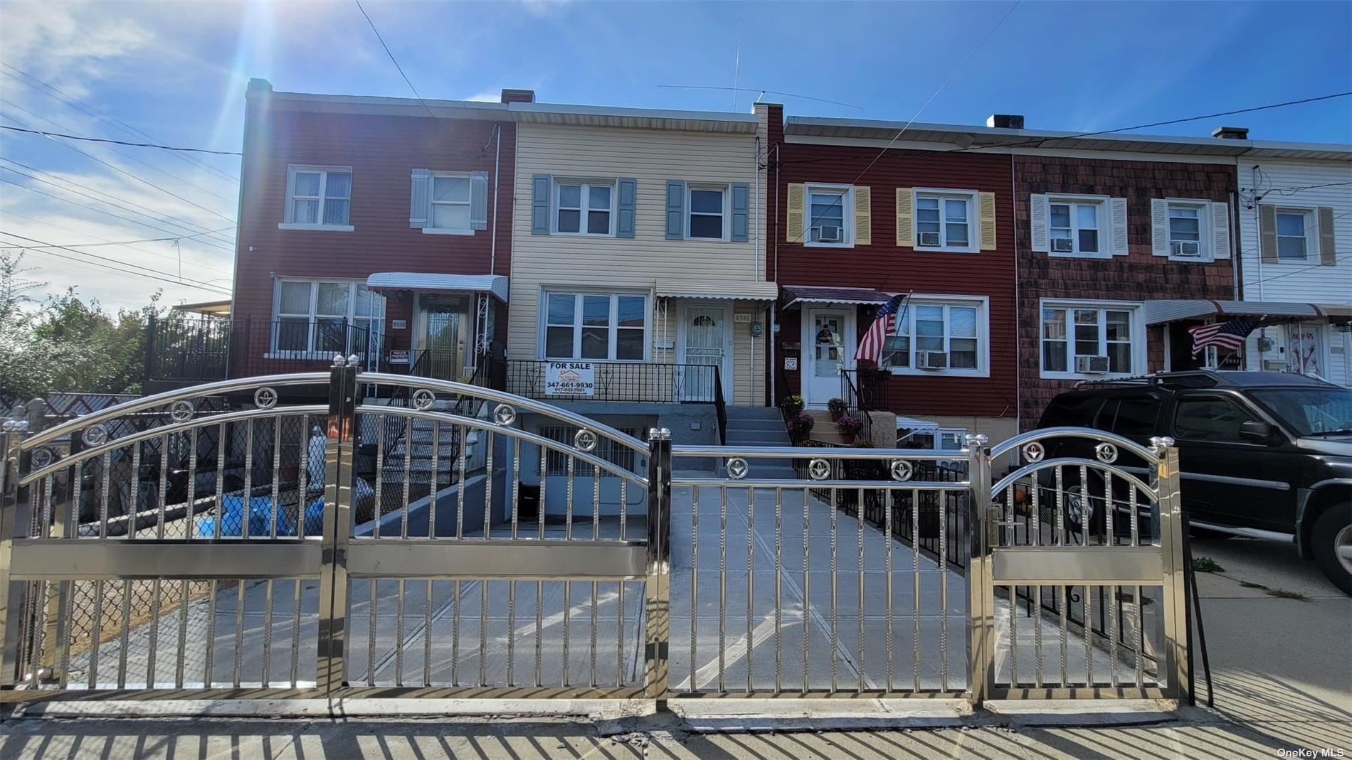 4340 East Tremont Avenue, Bronx, NY 10465 - #: 3351918