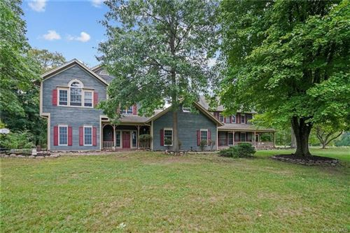 Photo of 184 Sarah Wells Trail, Campbell Hall, NY 10916 (MLS # H6086921)