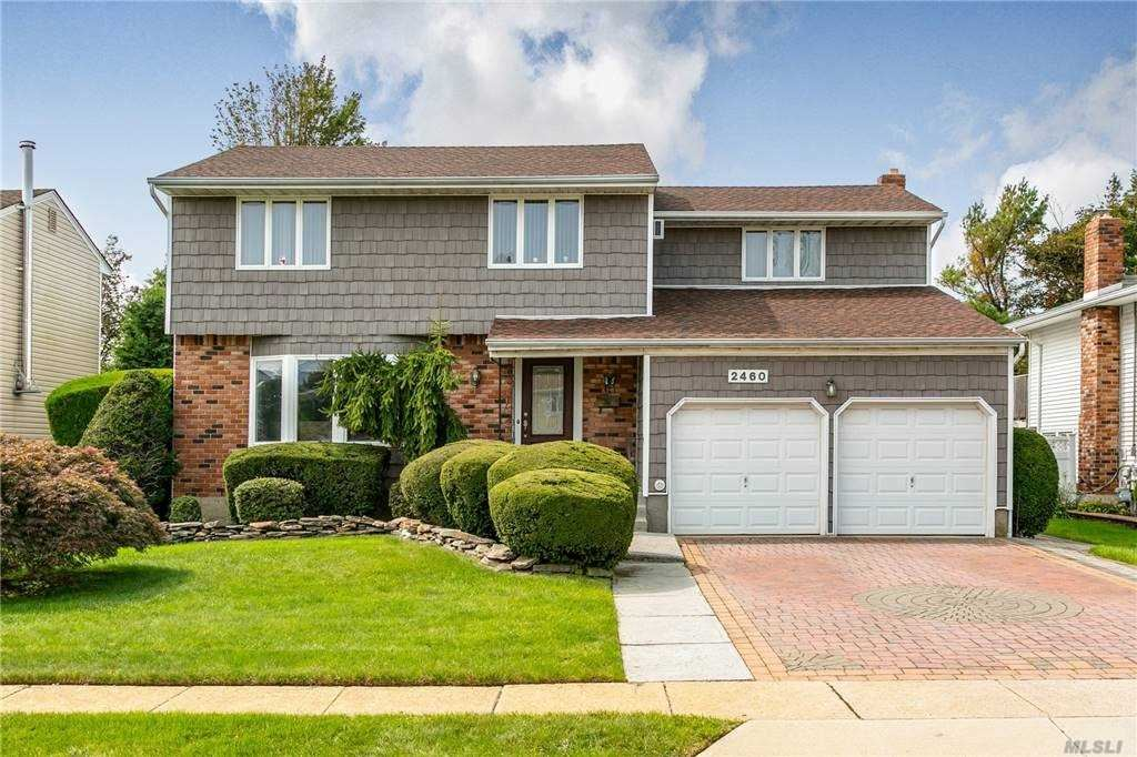 Photo of 2460 Seebode Court, Bellmore, NY 11710 (MLS # 3251921)