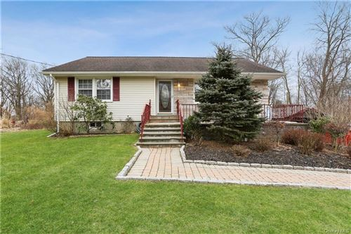 Photo of 483 Hilltop Road, Yorktown Heights, NY 10598 (MLS # H6091923)
