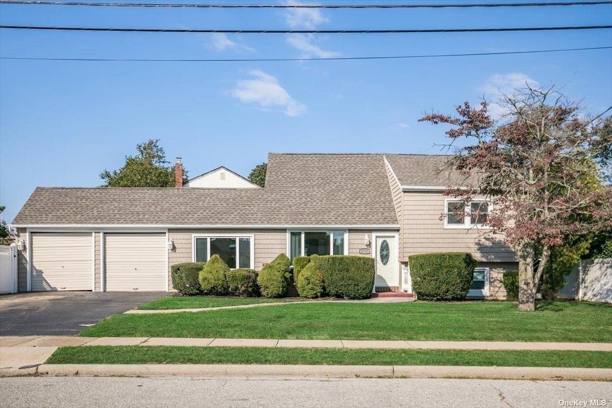 3717 Stokes Avenue, Bethpage, NY 11714 - MLS#: 3353923