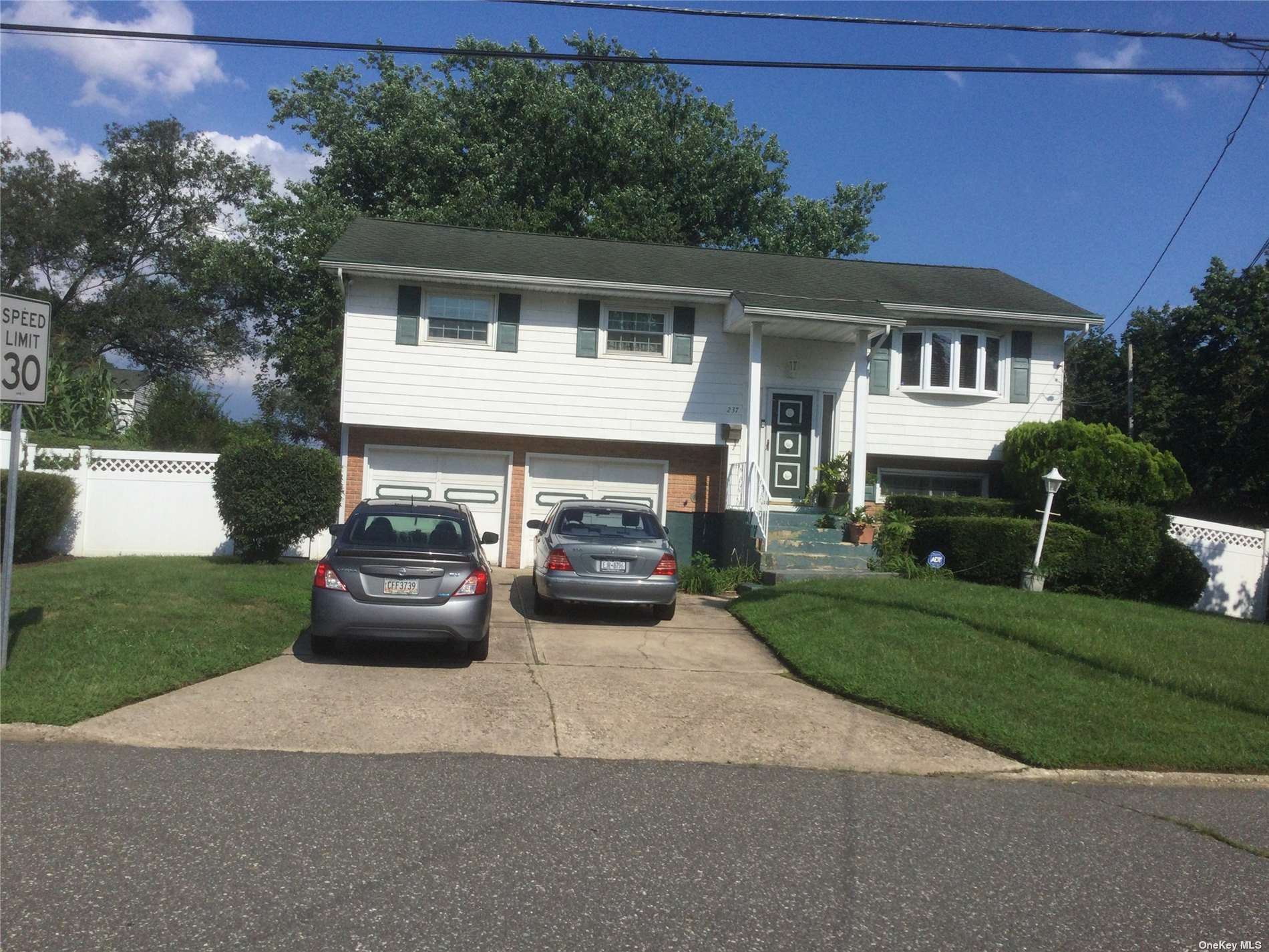 237 Gibson Avenue, Brentwood, NY 11717 - #: 3340924