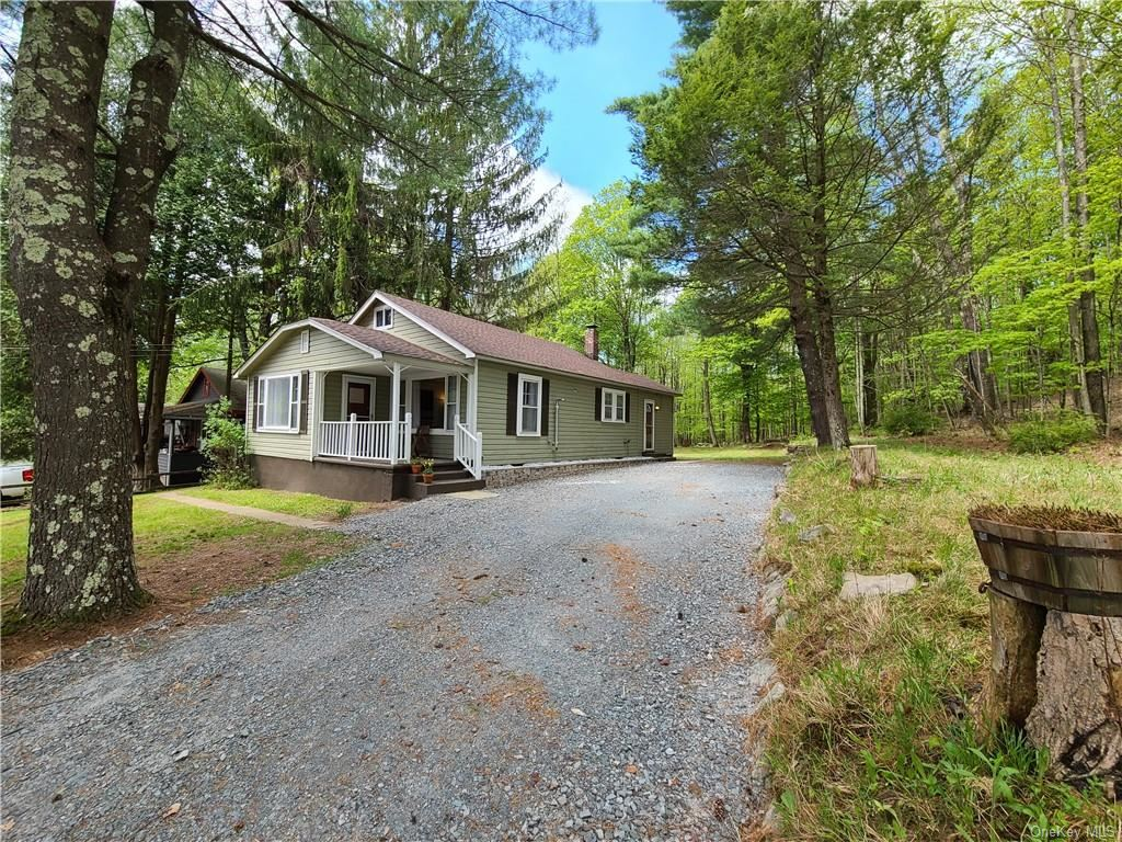Photo for 5101 State Route 55, Ferndale, NY 12734 (MLS # H6040924)