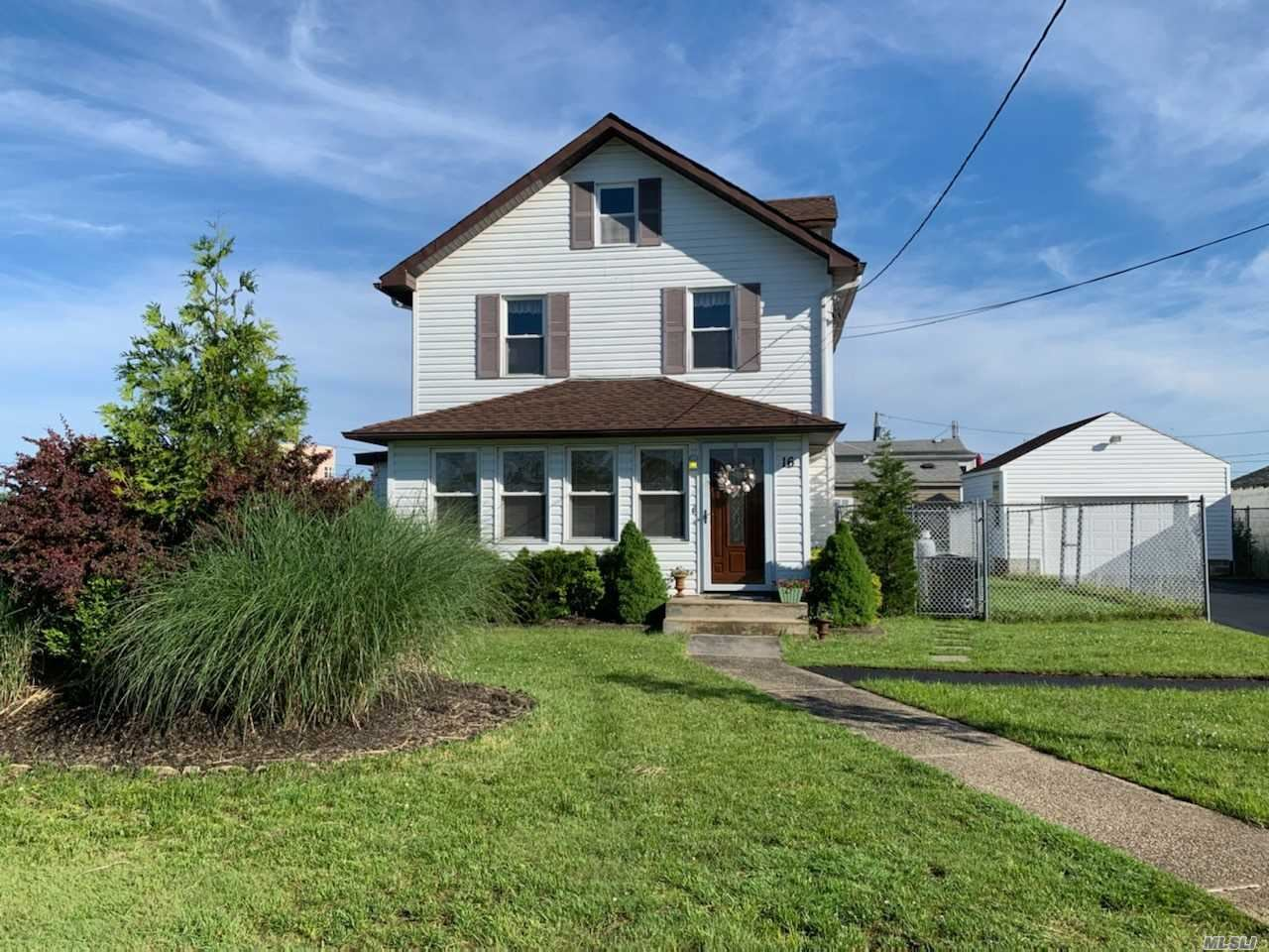 16 Rosewood Road, Mastic Beach, NY 11951 - MLS#: 3191925