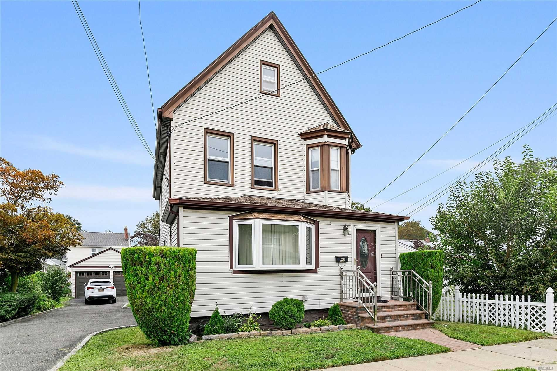 93 E 93 Bismark Ave, Valley Stream, NY 11581 - MLS#: 3246926