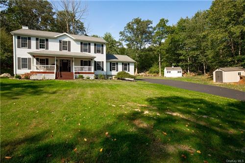 Photo of 30 Bridle Ridge Road, Patterson, NY 12563 (MLS # H6066928)