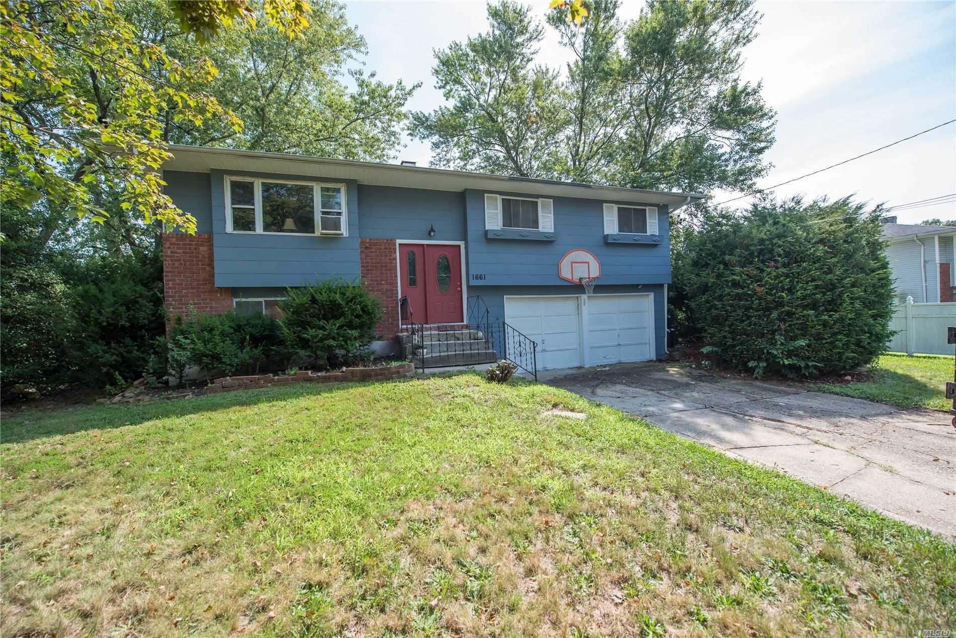 1661 Elsie Lane, Bay Shore, NY 11706 - MLS#: 3242928