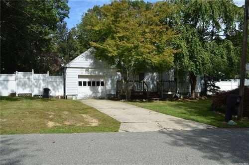 Photo of 25 Elder, Farmingville, NY 11738 (MLS # 3349930)