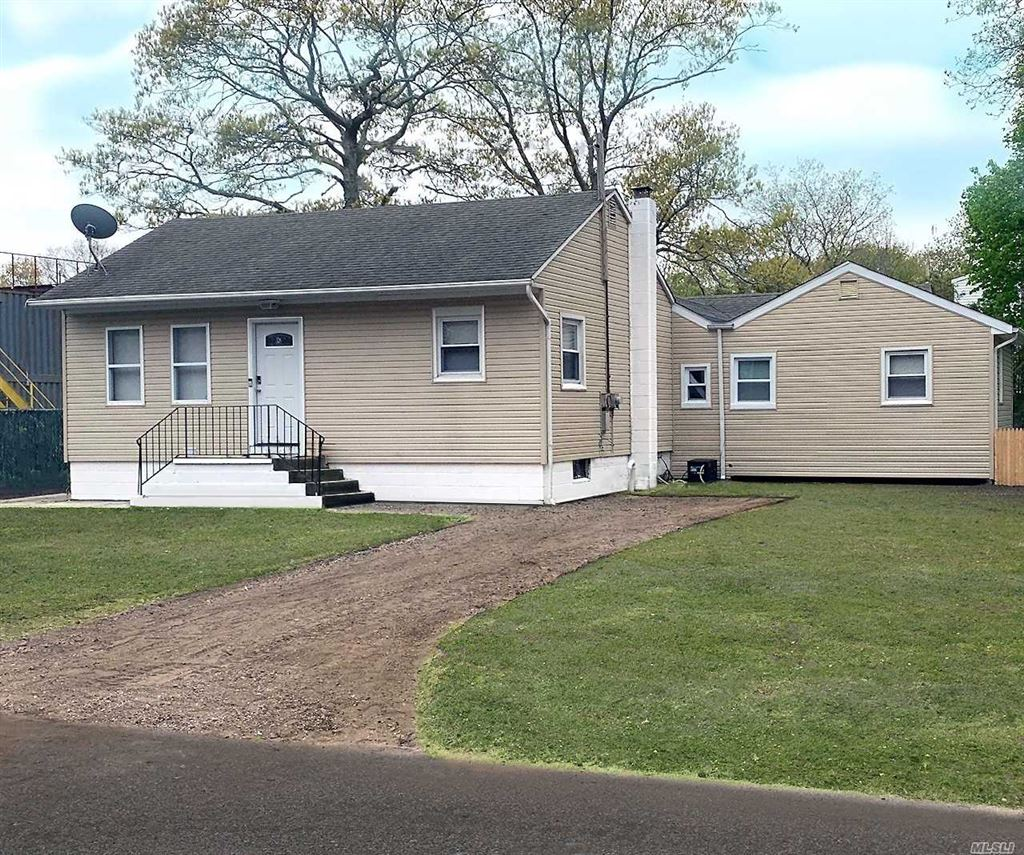 18 Clearview Drive, Mastic Beach, NY 11951 - MLS#: 3139930