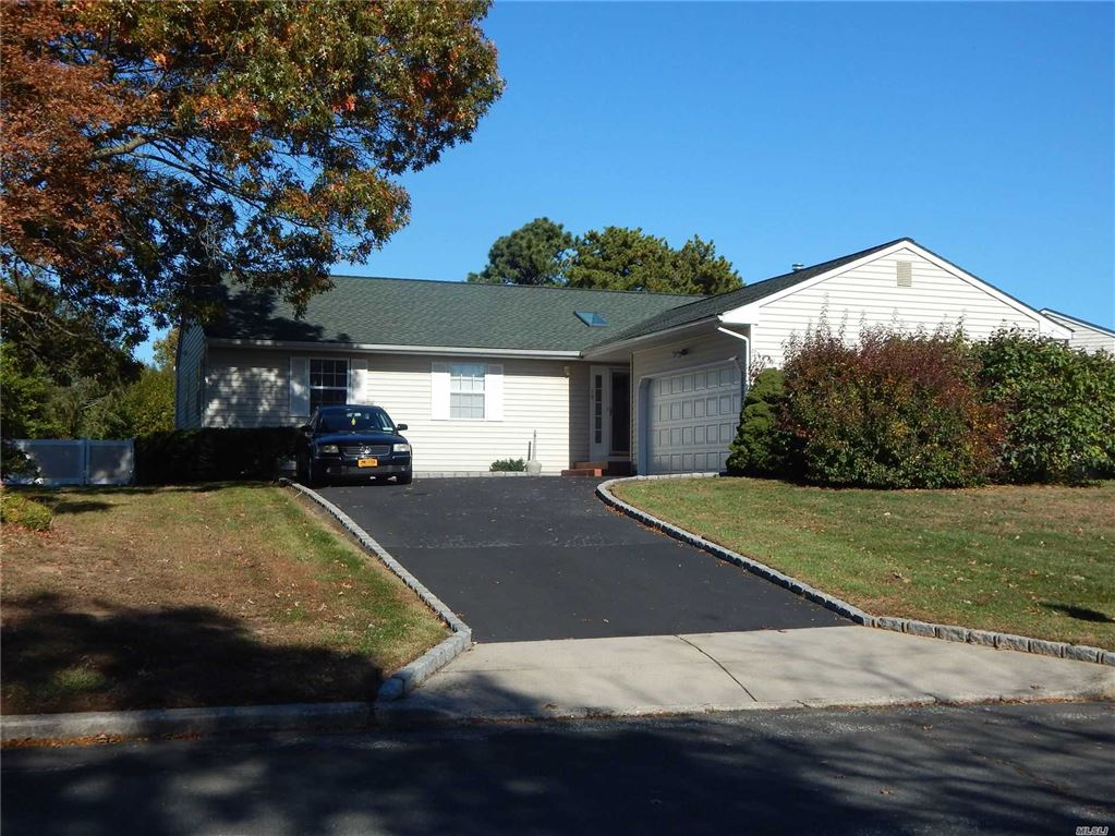 19 Sun Valley Lane, Bellport, NY 11713 - MLS#: 3175930