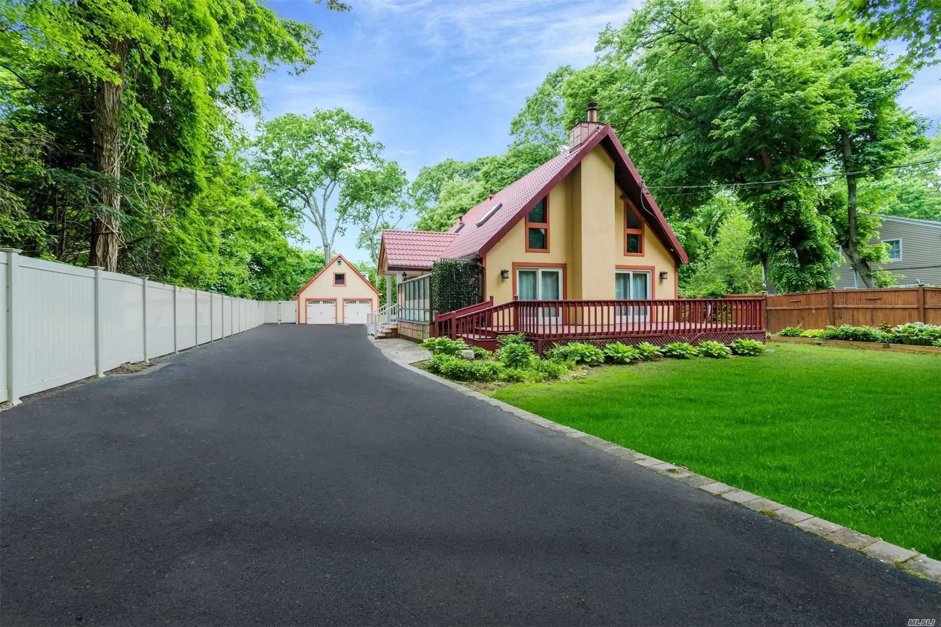25A Hartman Hill Road, Huntington, NY 11743 - MLS#: 3219931