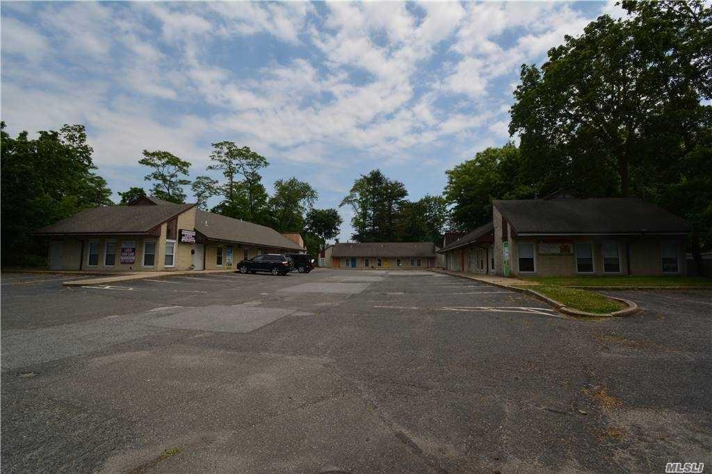 Photo of 359 Hauppauge Road #1, Smithtown, NY 11787 (MLS # 3254931)