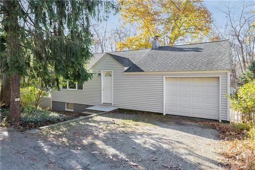 Photo of 114 Lake Kitchawan Drive, South Salem, NY 10590 (MLS # H6081933)