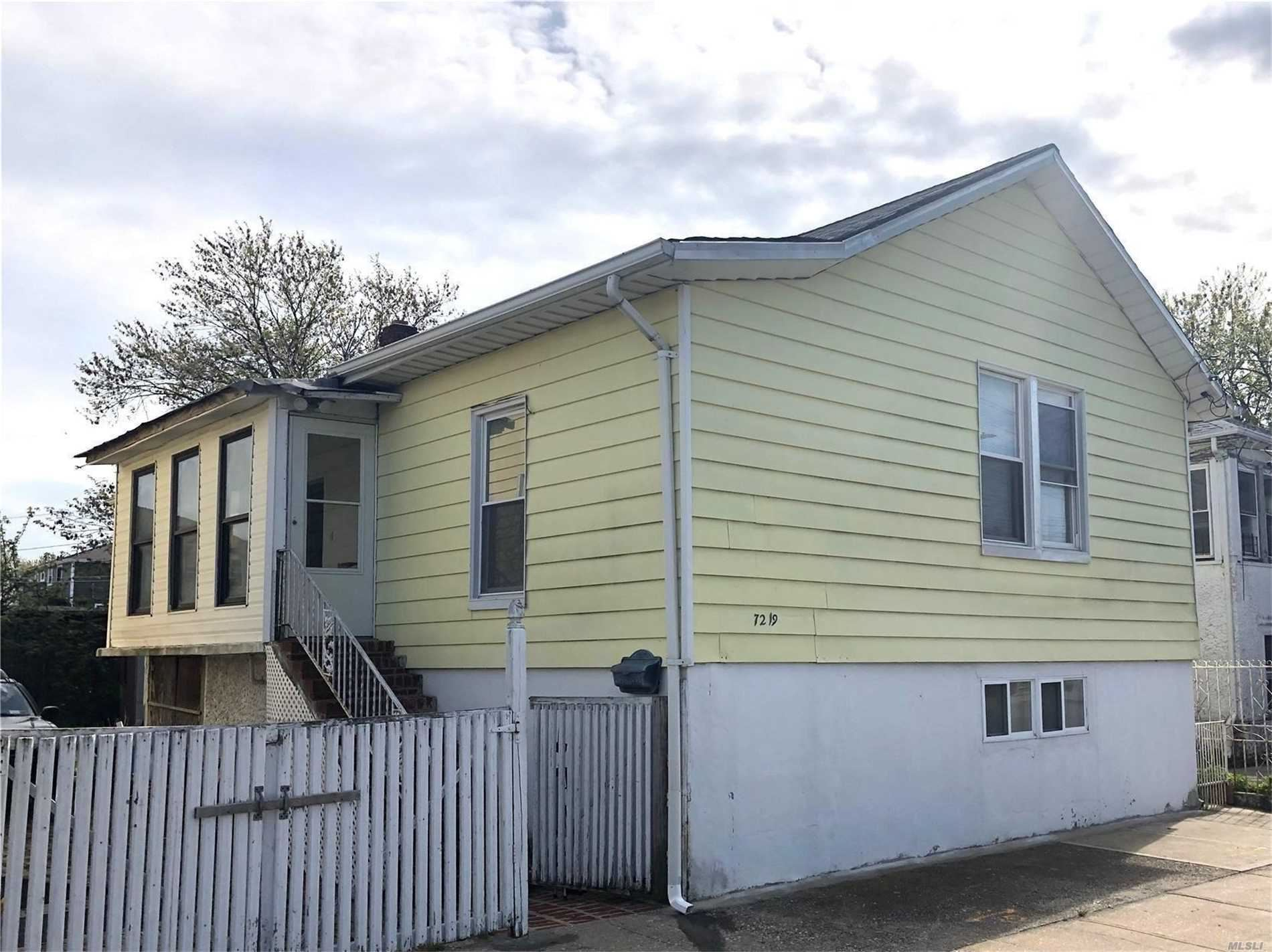 72-19 Burchell Avenue, Arverne, NY 11692 - MLS#: 3213933