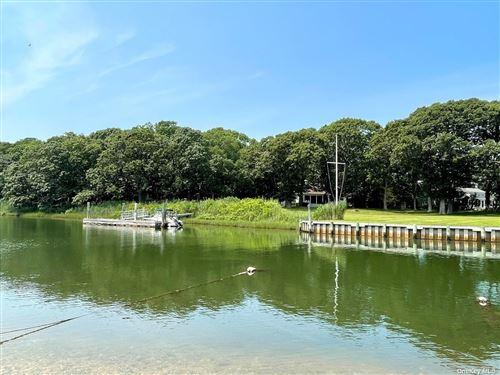 Photo of 1 Wheeler Road, Shelter Island, NY 11964 (MLS # 3325934)