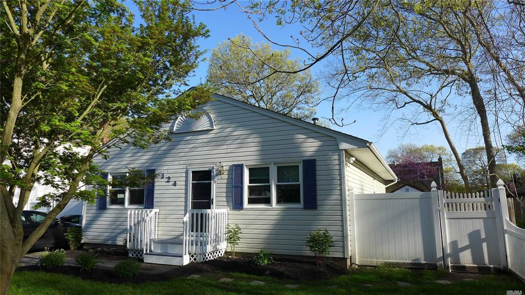 124 Patchogue Avenue, Mastic, NY 11950 - MLS#: 3125936