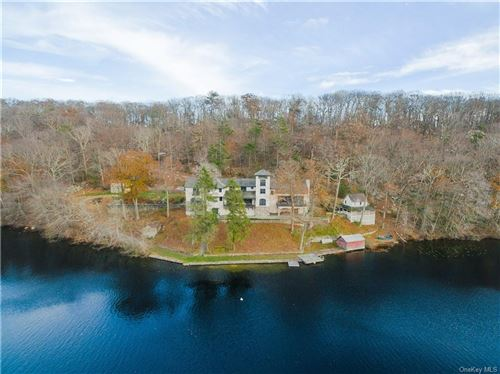 Photo of 90 Indian Lake Road, Putnam Valley, NY 10579 (MLS # H6007937)
