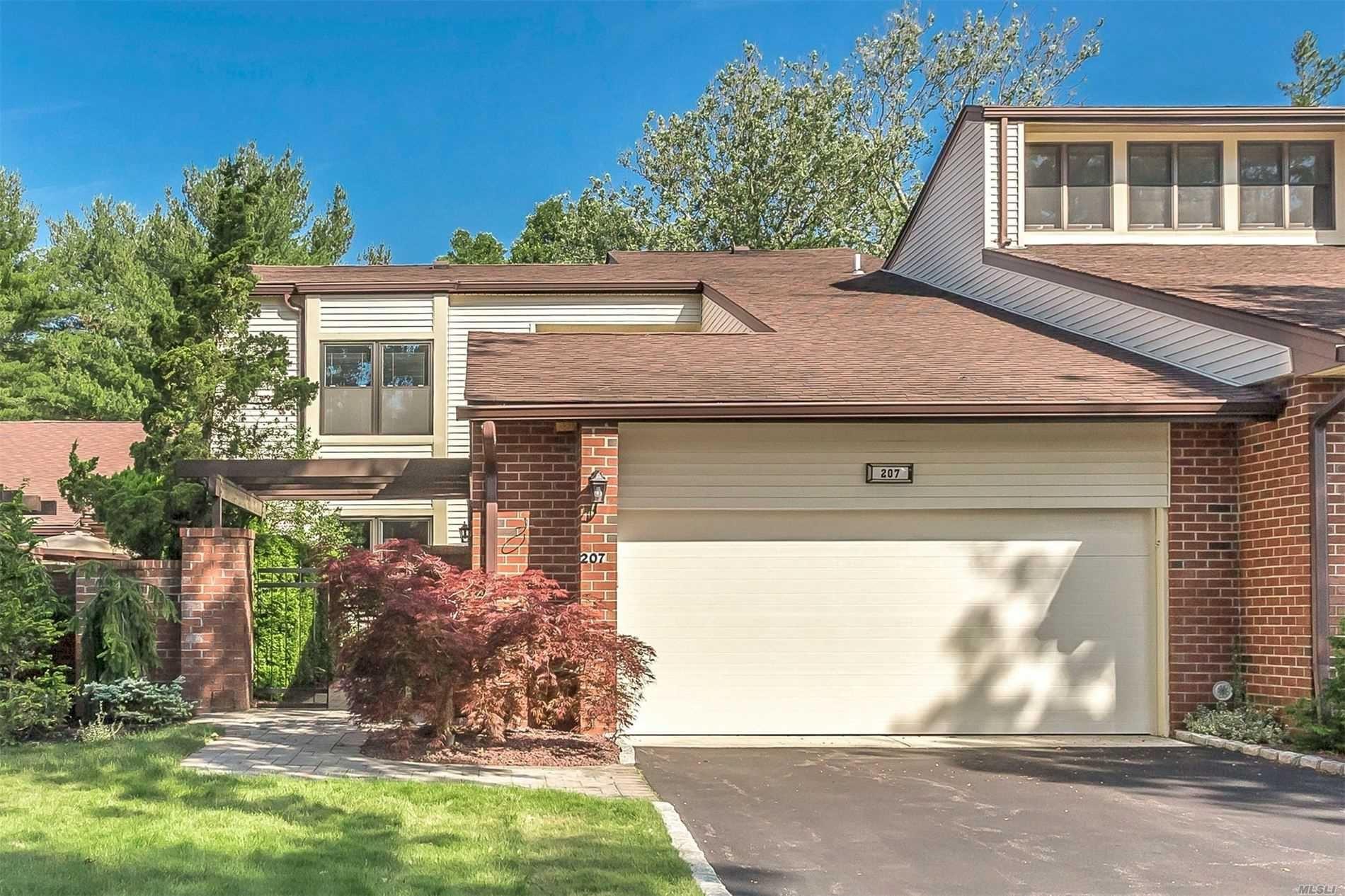 207 Gosling Hill Drive, Manhasset, NY 11030 - MLS#: 3227938