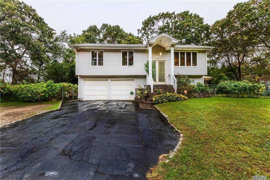 1018 Spur Drive South Drive, Bay Shore, NY 11706 - MLS#: 3260938