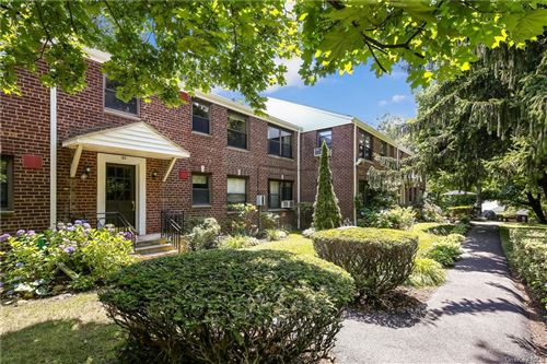 Photo of 63 Rockledge Road #2B, Hartsdale, NY 10530 (MLS # H6051939)