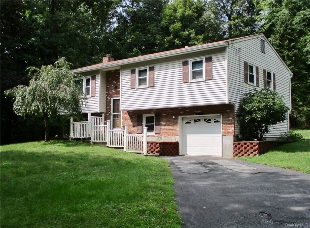 Photo of 731 County Route 49, Middletown, NY 10940 (MLS # H6070940)