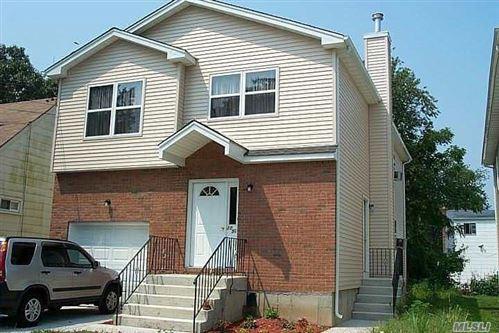 Photo of 1050 Mahopac Rd, W. Hempstead, NY 11552 (MLS # 3194942)