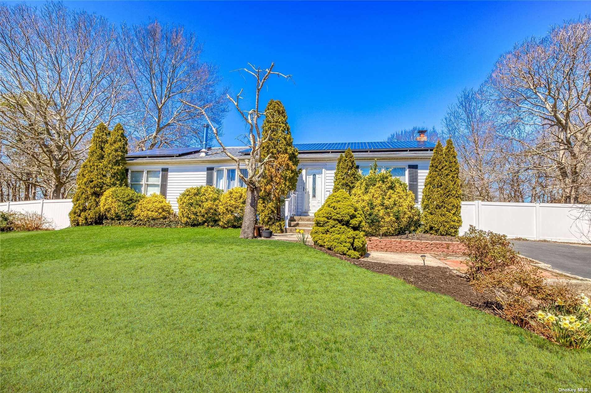 31 Flower Hill Drive, Shirley, NY 11967 - MLS#: 3301943