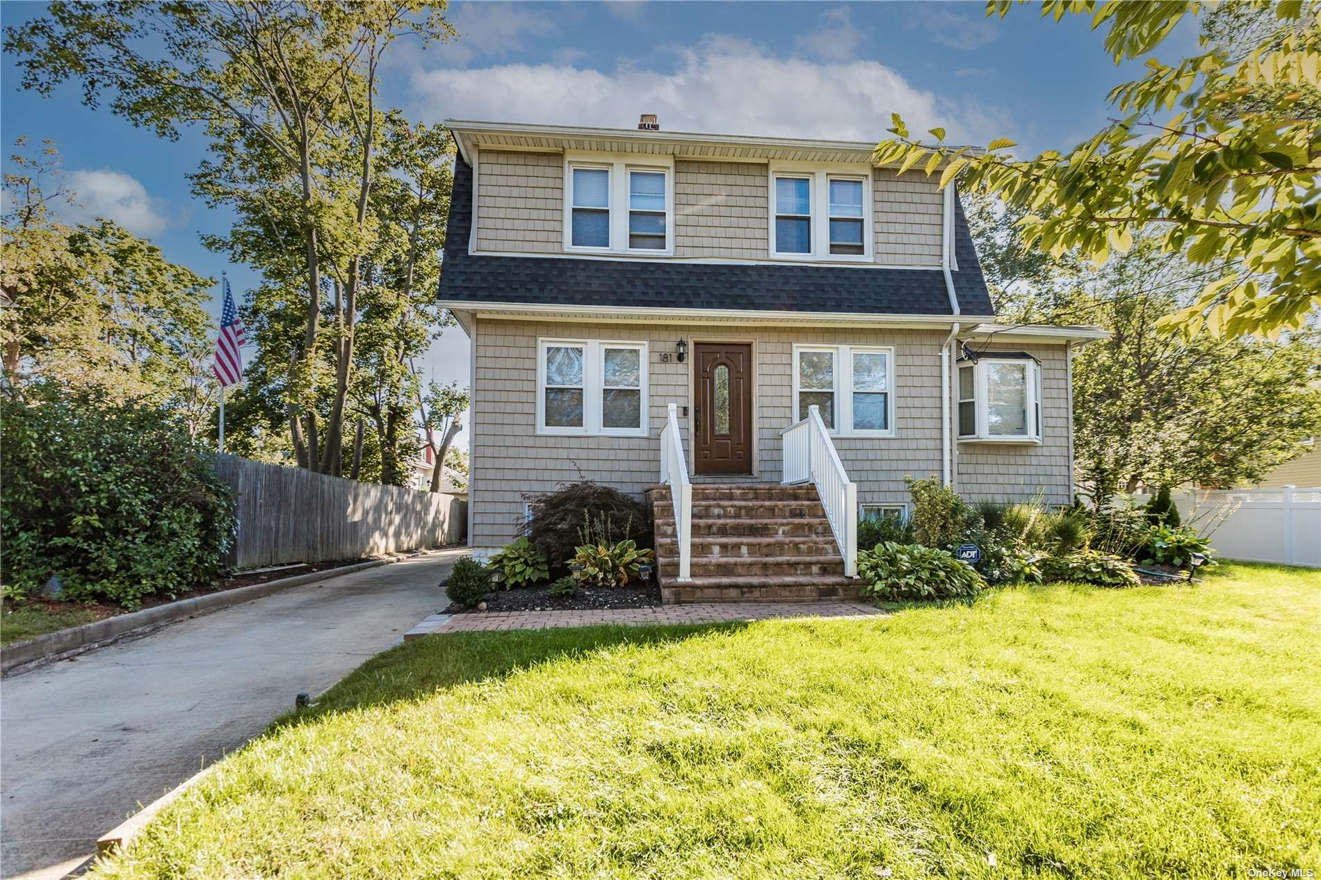 181 Roosevelt Avenue, Freeport, NY 11520 - MLS#: 3351943