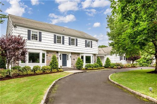 Photo of 25 Cayuga Road, Scarsdale, NY 10583 (MLS # H6055945)