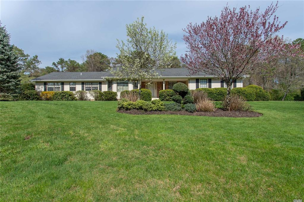 2 Wintergreen Dr W, Melville, NY 11747 - MLS#: 3123946