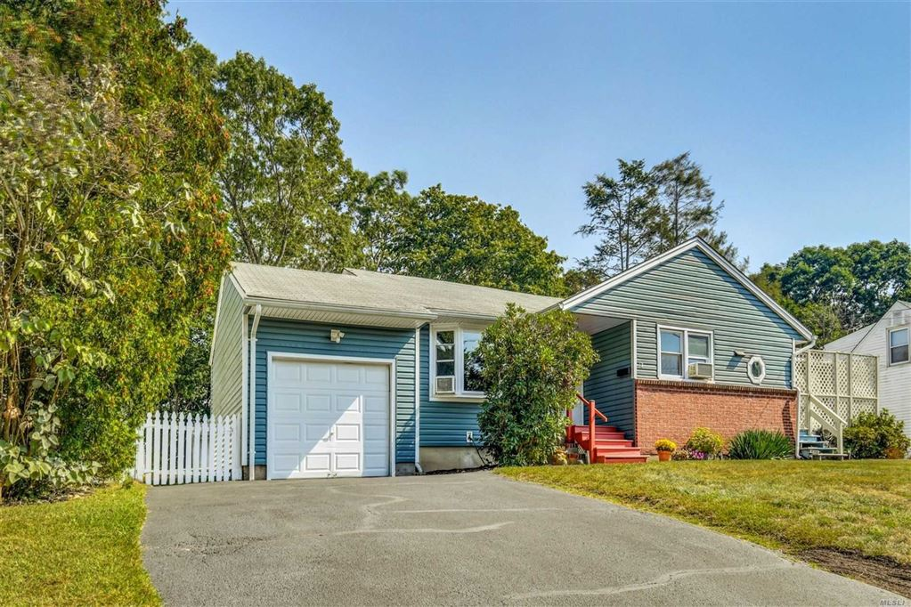 12 Frog Pond Road, Huntington Sta, NY 11746 - MLS#: 3169947