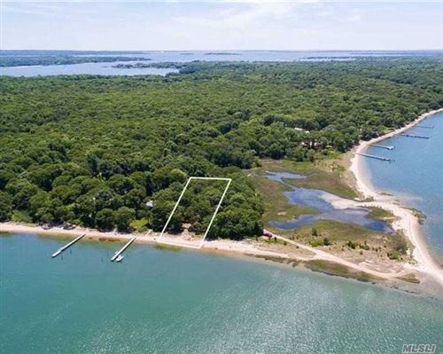 Photo of 47L S Ferry Road, Shelter Island, NY 11964 (MLS # 3280948)