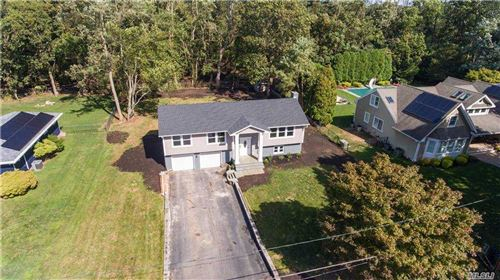 Photo of 23 Heather Lane, Miller Place, NY 11764 (MLS # 3257950)