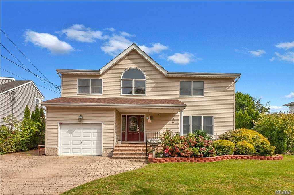 92 E Shore Drive, Massapequa, NY 11758 - MLS#: 3255950