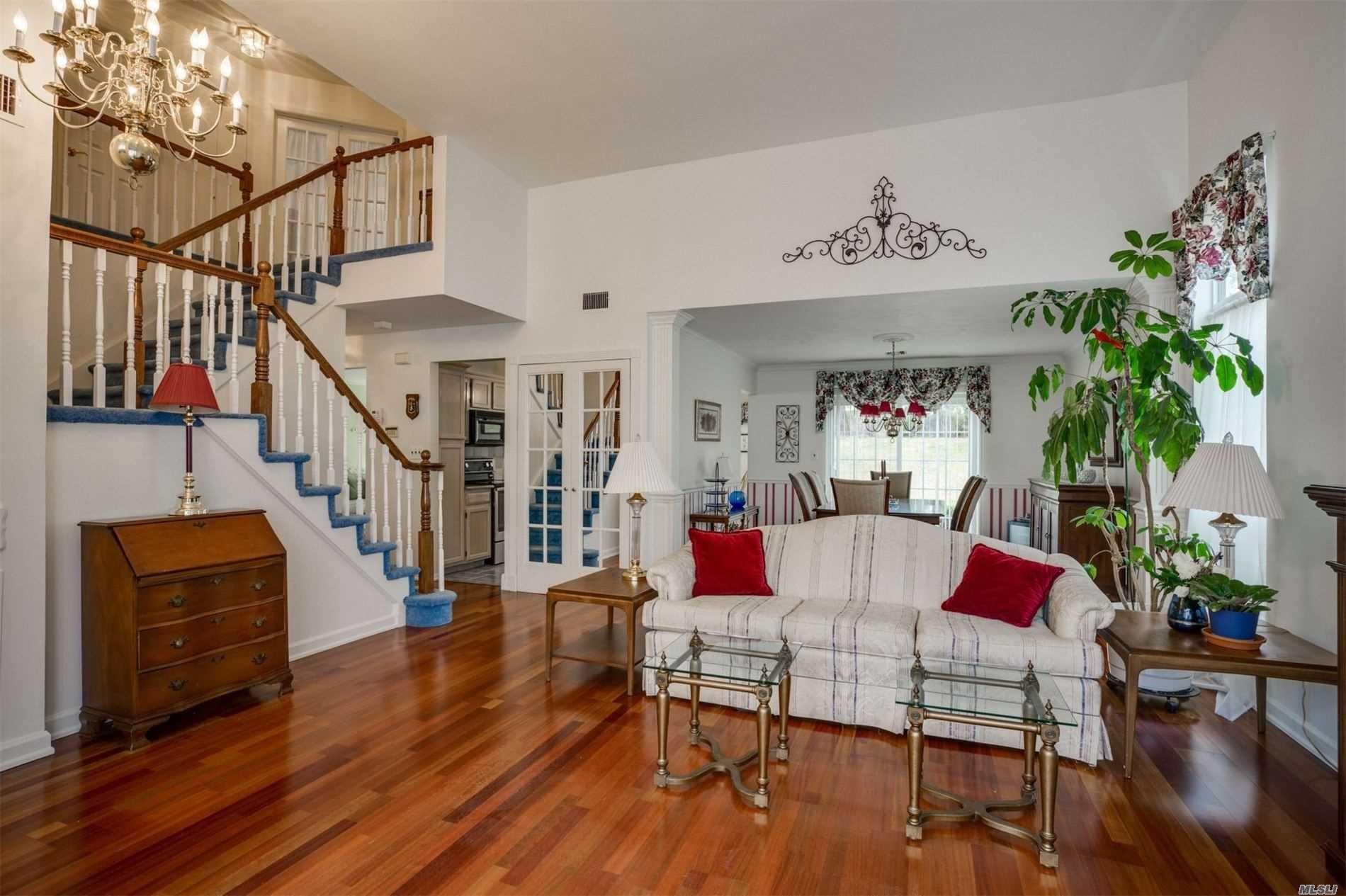 6 Colony Drive, Holbrook, NY 11741 - MLS#: 3209954