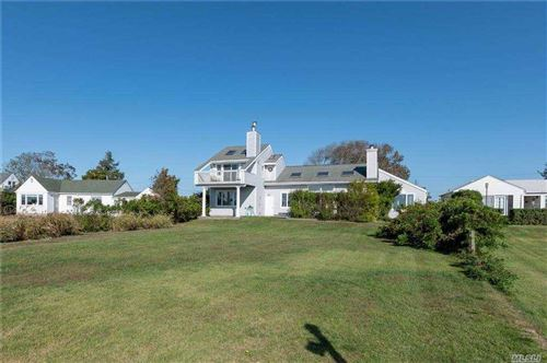 Photo of 28 Old Fort Lane, Southampton, NY 11968 (MLS # 3258955)