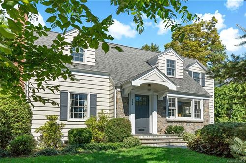 Photo of 194 Clayton Road, Scarsdale, NY 10583 (MLS # H6087955)