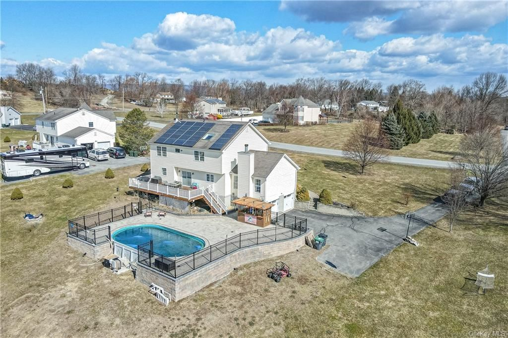 Photo of 12 Grosso Court, Montgomery, NY 12549 (MLS # H6097956)