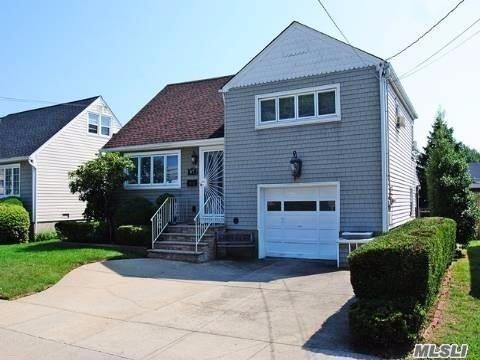 57 Norton Street, Freeport, NY 11520 - MLS#: 3241960