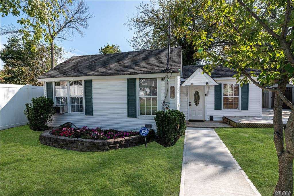 20 Pine Boulevard, Patchogue, NY 11772 - MLS#: 3255960