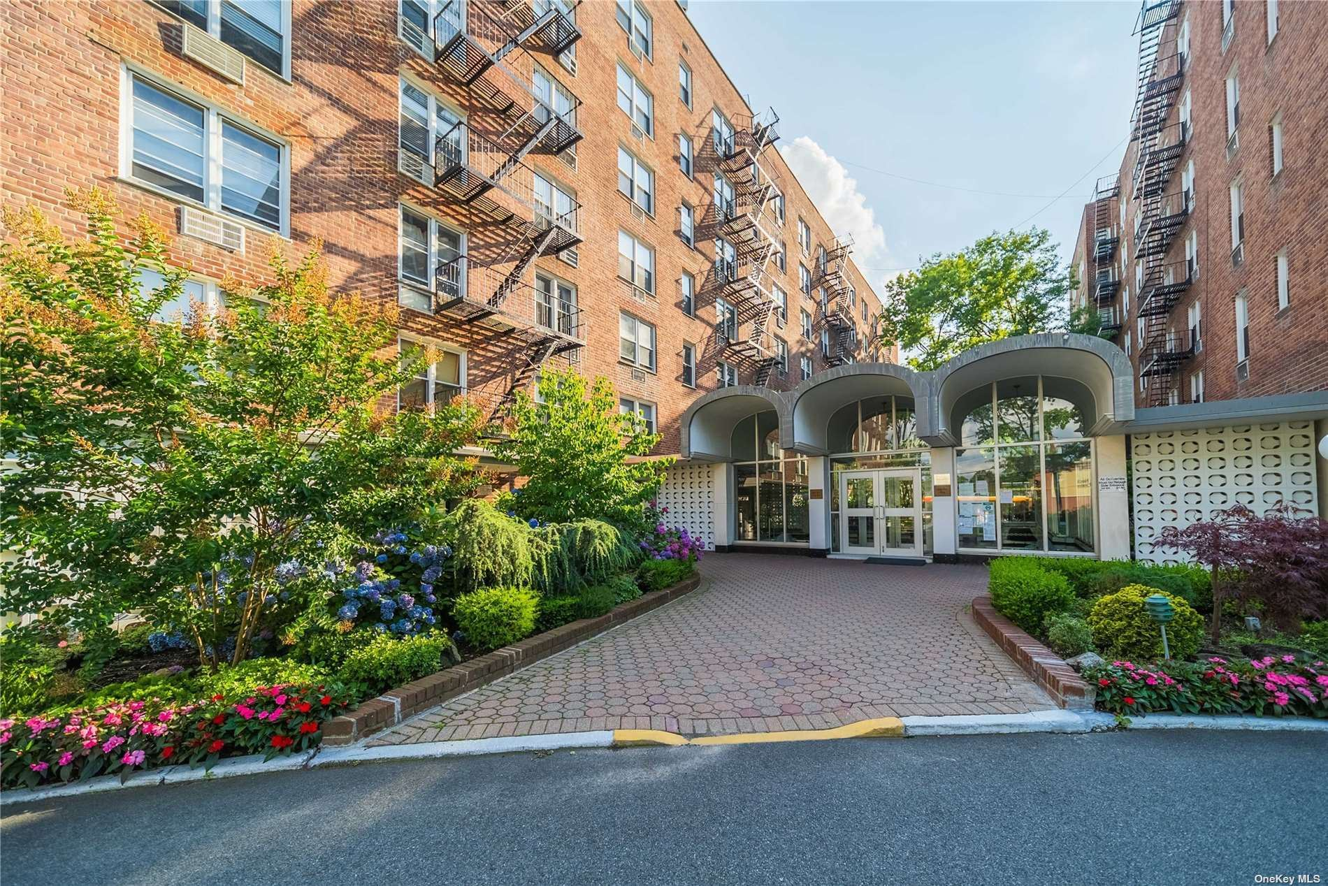 54-40 Little Neck Parkway #2-O, Little Neck, NY 11362 - MLS#: 3328965
