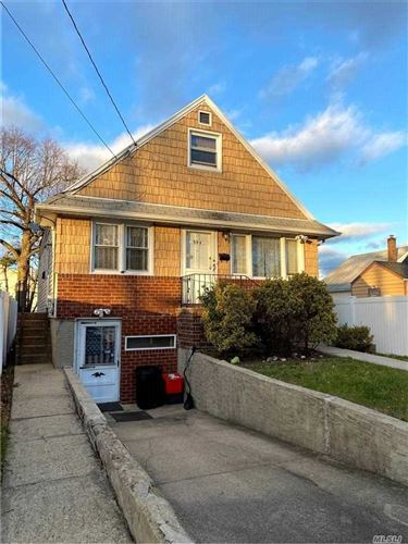 Photo of 594 Fenworth Blvd, Franklin Square, NY 11010 (MLS # 3270967)