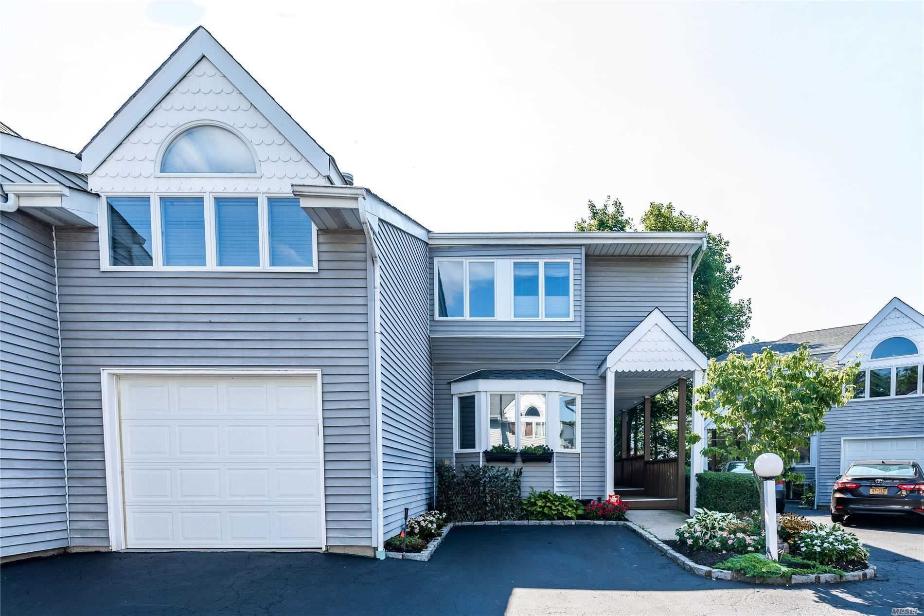 3 Windsor Ct, Amityville, NY 11701 - MLS#: 3237969
