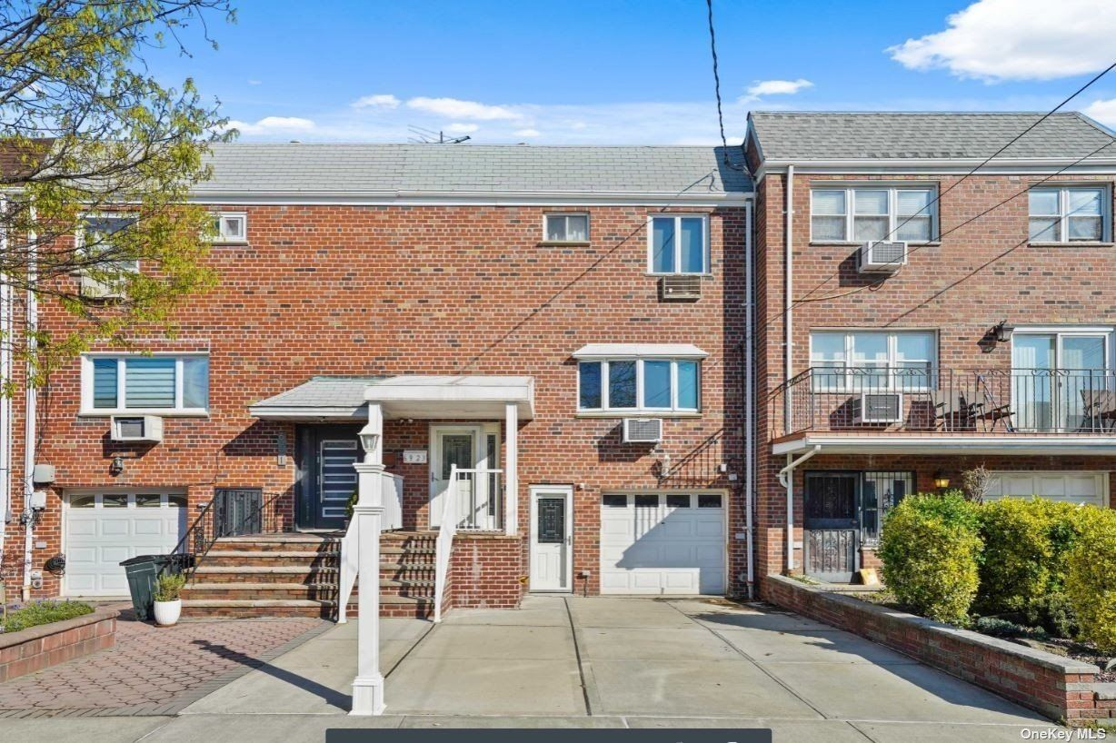 69-23 62nd Road, Middle Village, NY 11379 - MLS#: 3304969
