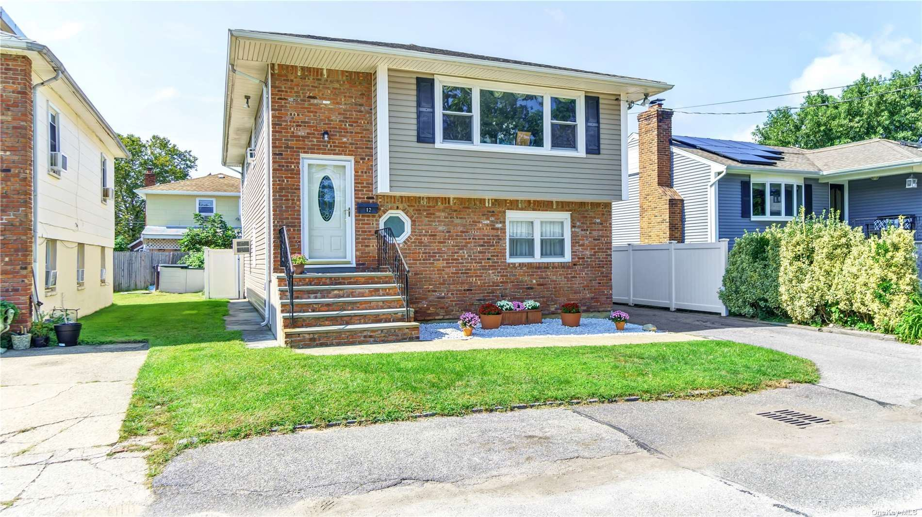 12 August Avenue, Bayville, NY 11709 - MLS#: 3345969