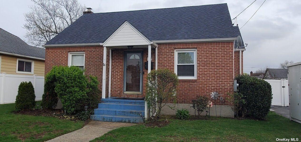 70 Robinwood Avenue, Hempstead, NY 11550 - MLS#: 3306970
