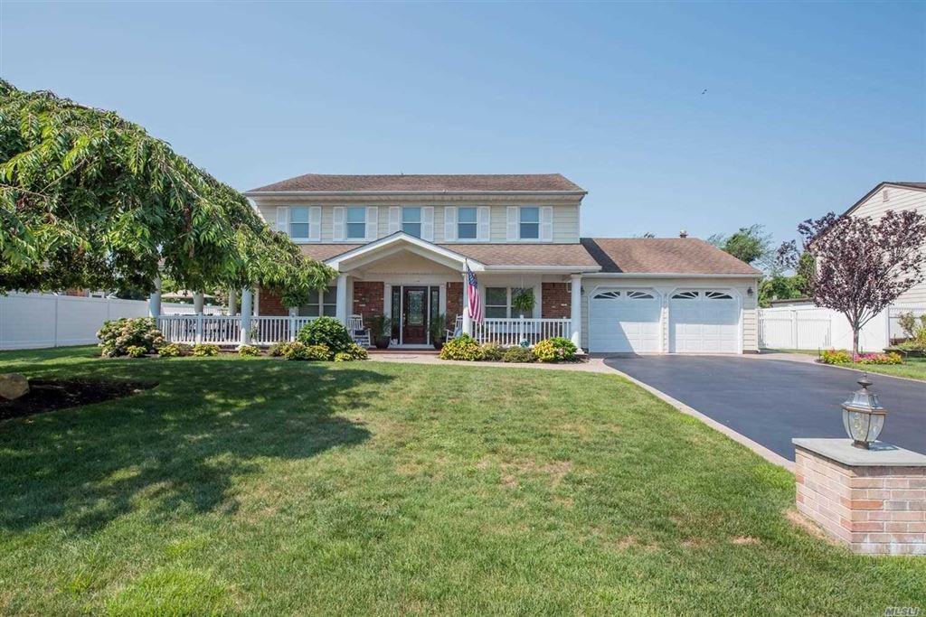 136 S Pace Drive, West Islip, NY 11795 - MLS#: 3149971