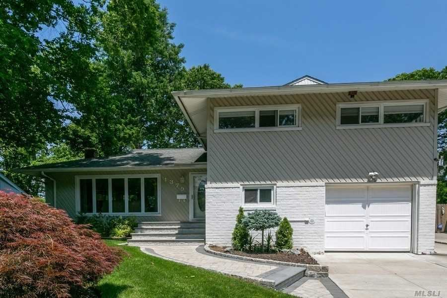 1379 Pine Court, East Meadow, NY 11554 - MLS#: 3221972