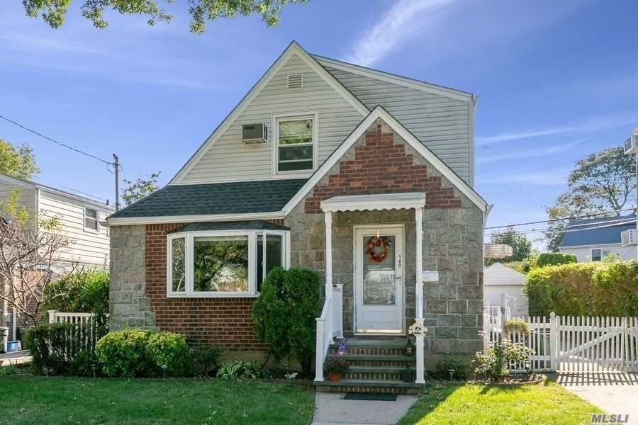180 Floral Parkway, Floral Park, NY 11001 - MLS#: 3259974