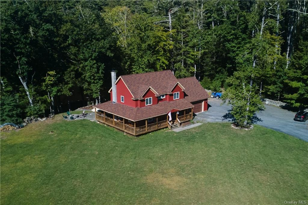 Photo of 875 Oakland Valley Road, Cuddebackville, NY 12729 (MLS # H6071976)